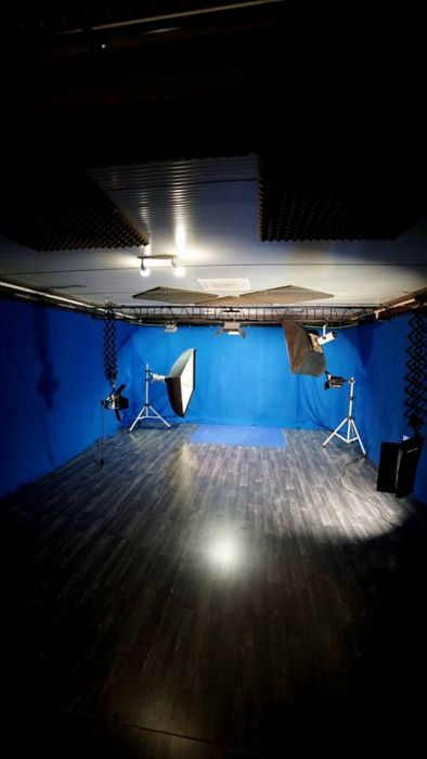 X4 Studios -
