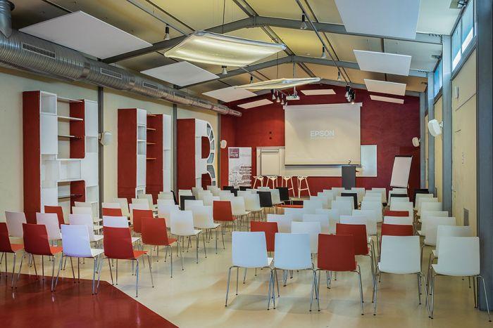Impact Hub Milano Coworking - Sala Biliardo - interno