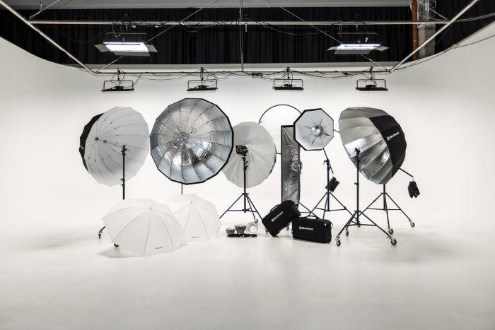 KIBO studio - Set luci fotografiche e modificatori