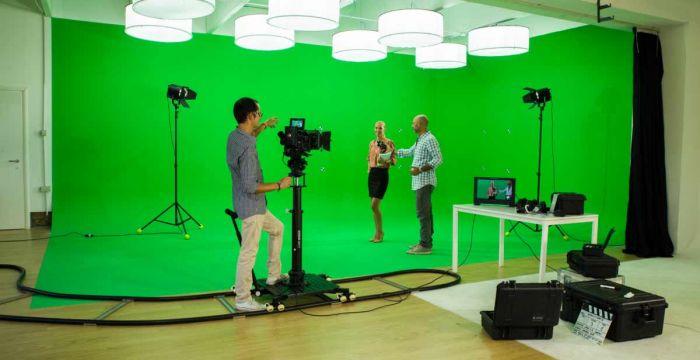 Focushandmade - Limbo green screen